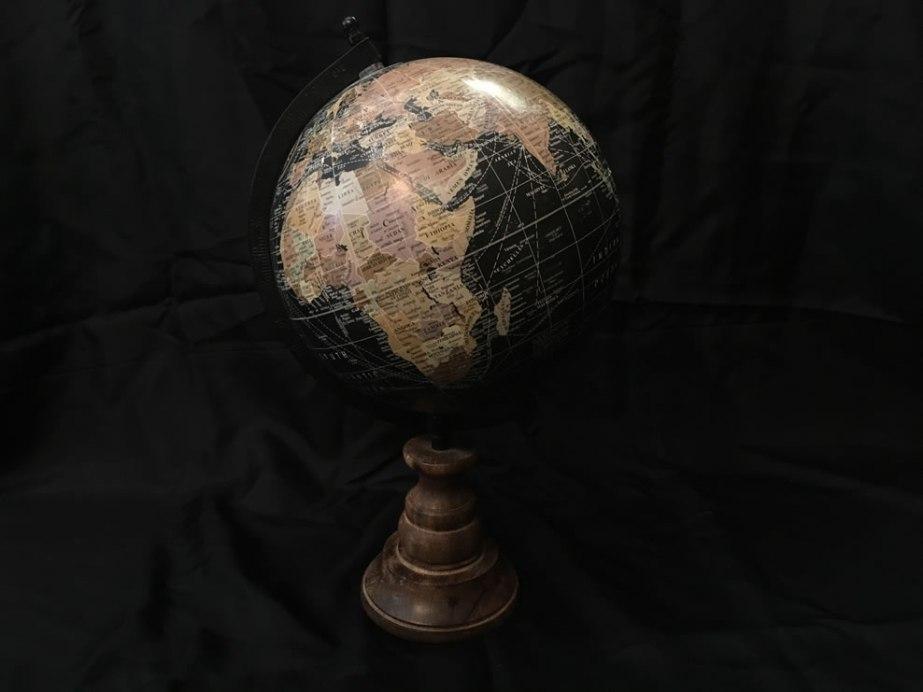 wereldbol_zwart